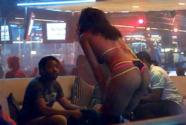 atlanta-fx-season-2-episode-3-stripper